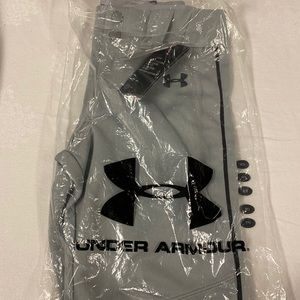 Under Armour baseball pants. Youth medium